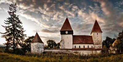 (cod 3854) Biserica Fortificata Merghindeal