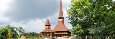 (cod 4016) Biserica Pogorârea Sfântului Duh- Parc Titan