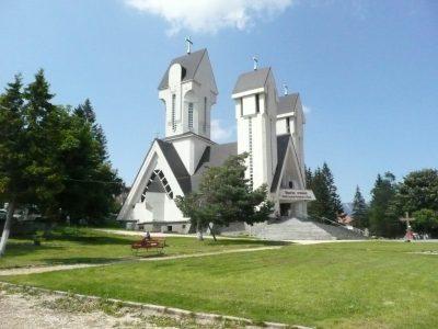 (cod 3376)  Biserica Sfinții Constantin și Elena, Predeal