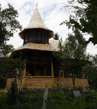 (cod 3685) Biserica din lemn Cuvioasa Paraschiva din Matacina