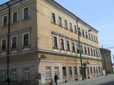 (cod 4403) Casa cu lacăt din Arad