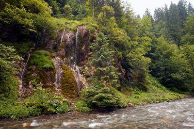 (cod 3412)  Cascada La Chișătoare, Moeciu