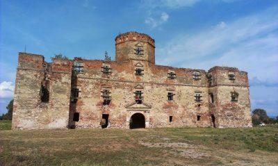 (cod 6038)  Castelul Lonyai, Medieșu Aurit