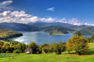 (cod 2716) Lacul Izvorul Muntelui