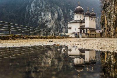 (cod 6537) Mănăstirea Mraconia