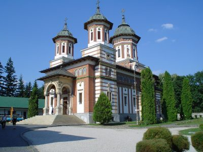 (cod 3744) Mănăstirea Sinaia