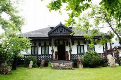 (cod 2795) Muzeul Neculai Popa de la Târpești