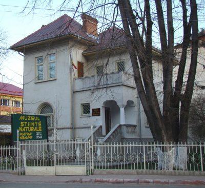 (cod 2791) Muzeul de Ştiinţele Naturii din Piatra Neamţ