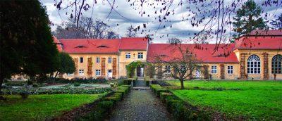 (cod 4310) Palatul de vară Brukenthal de la Avrig