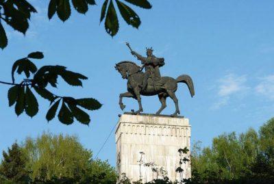 (COD 3011) – Statuia ecvestra a lui Stefan cel Mare Suceava