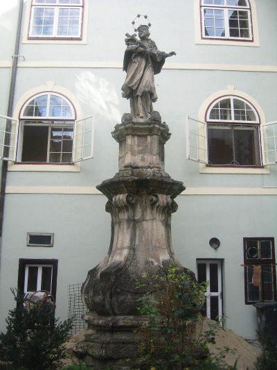 (cod 4326) Statuia lui Ioan Nepomuk