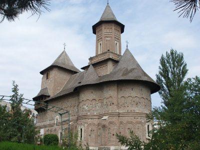 (cod 3908) Biserica Fortificată Sfânta Precista