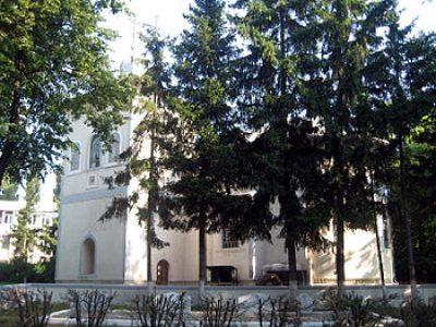 (COD 2123) – Biserica Sfintii Voievozi Pascani Iasi