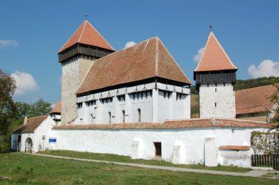 (cod 3839) Biserica fortificată de la Stejărişu