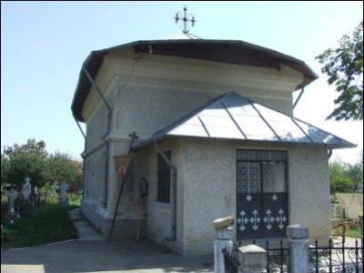 """(cod 3612) Biserica """"Adormirea Maicii Domnului"""" din sat Voetin"""