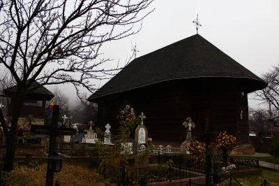 (cod 3691) Biserica veche din lemn din Văleni