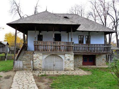 (cod 4702) Casa Codescu, Chiojdu