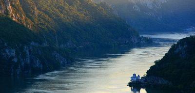 (cod 2436)  Clisura Dunării