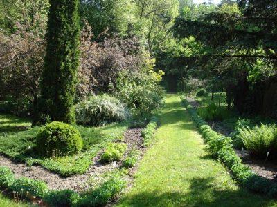 (COD 5416)  Grădina Botanică din Prăjești