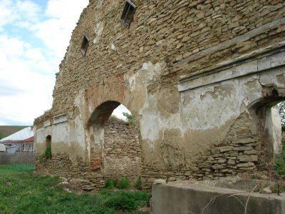 (cod 2761) Hanul Șerbești
