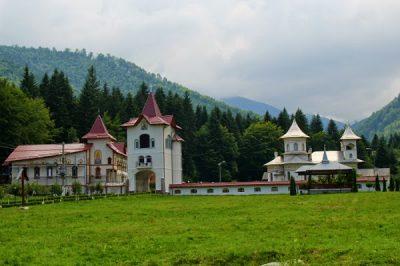 (cod 3416)   Mănăstirea Berivoii Mari