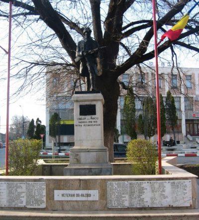 (cod 4253) Monumentul eroilor din Panciu