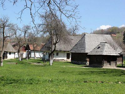 (cod 3422) Muzeul Satului Brănean