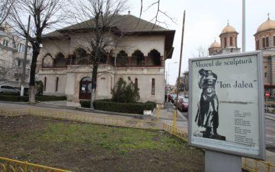"""(cod 5040) Muzeul de sculptură """"Ion Jalea"""""""