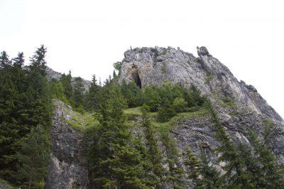 (cod 2806) Peștera Munticelu