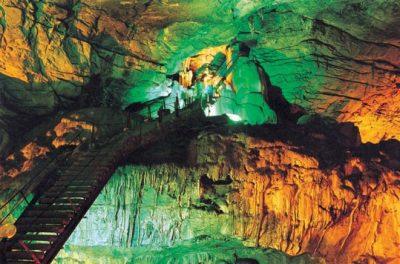 (cod 6128)  Peștera Românești