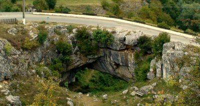 (cod 6512) Podul natural de la Ponoare sau Podul lui Dumnezeu