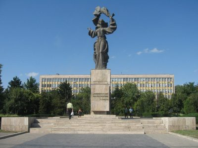 (COD 2078) – Statuia Independentei, Piata Independentei Iasi