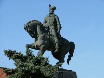 (COD 2083) – Statuia lui Mihai Viteazul din Iasi
