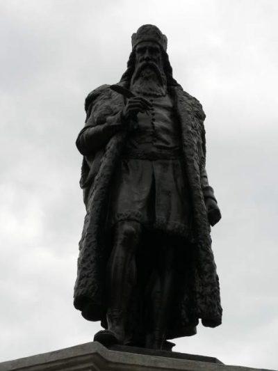 (COD 2085) – Statuia lui Miron Costin Iasi