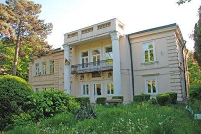 (COD 2031) – Casa Logofatului Nicolae Canta – Casa Universitarilor Iasi