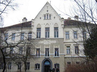 (cod 5946) Şcoala din Deal din Sighişoara